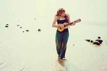 Strandgut-Tour 2016: Theresa Dold, Singer-Songwriter