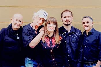 """Wise-Dietkron-Band und Rebekka Dold: neue CD """"Home"""""""